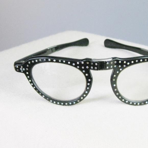 e9fc05a6fd4 Vintage Folding Eyeglasses Black Cat Eye. M 5a6238b35521bea30841f321
